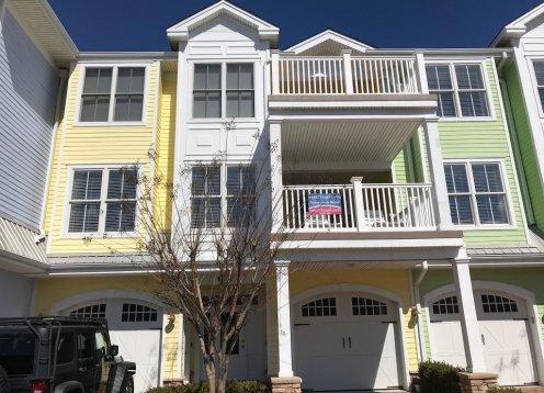401 E.17th  Unit#1 Luxury Vacation Condo Rentals (4 BedroomBath Unit)